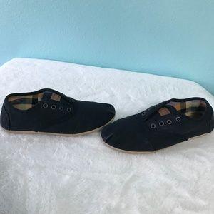 Toms Shoes - TOMS Black Slip on No Lace shoe